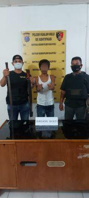 Diduga Bandar Narkoba Tertangkap Bawa Sajam