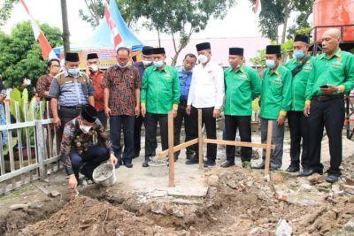 Wabup Letakkan Batu Pertama Pembangunan Musholla SDN di Aek Kanopan